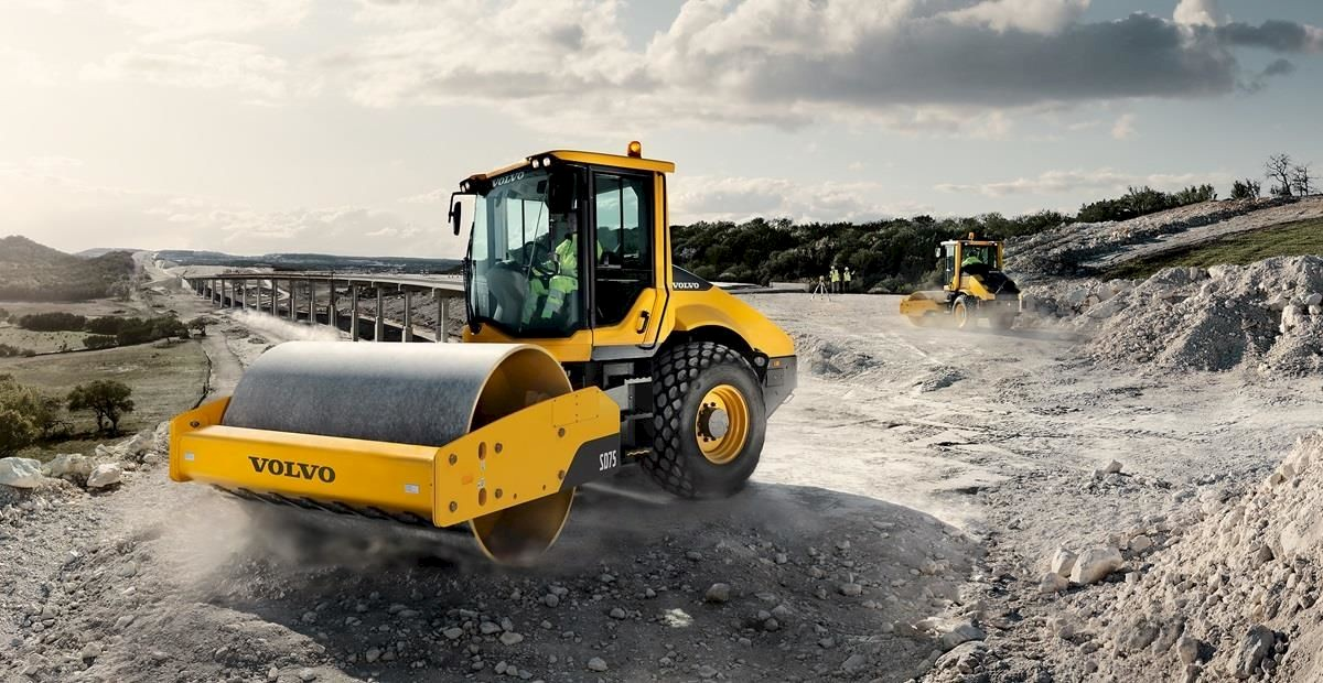 /site/assets/files/1/volvo-show-soil-compactor-sd75-t4i-star-picture-2324x1200.1200x0.jpg